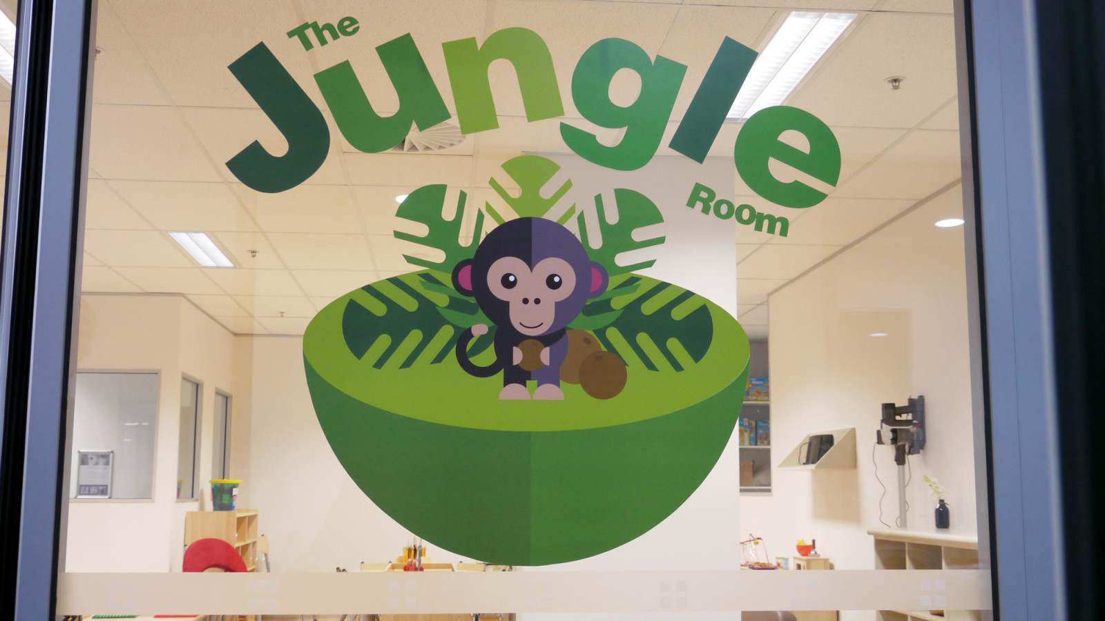 the-art-of-wall-child-care-center-jungle-room-1-vinyl-title-1600x900