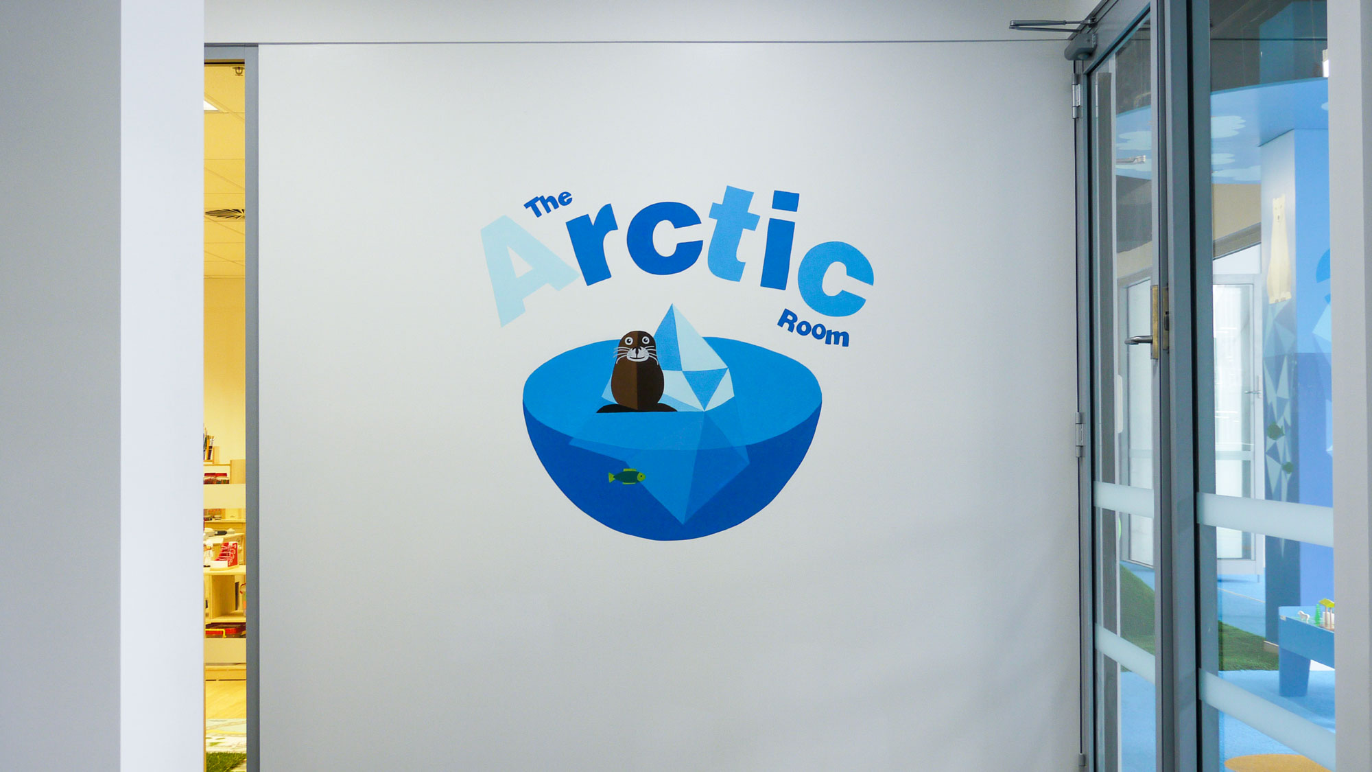 the-art-of-wall-child-care-center-mural-arctic-room-title