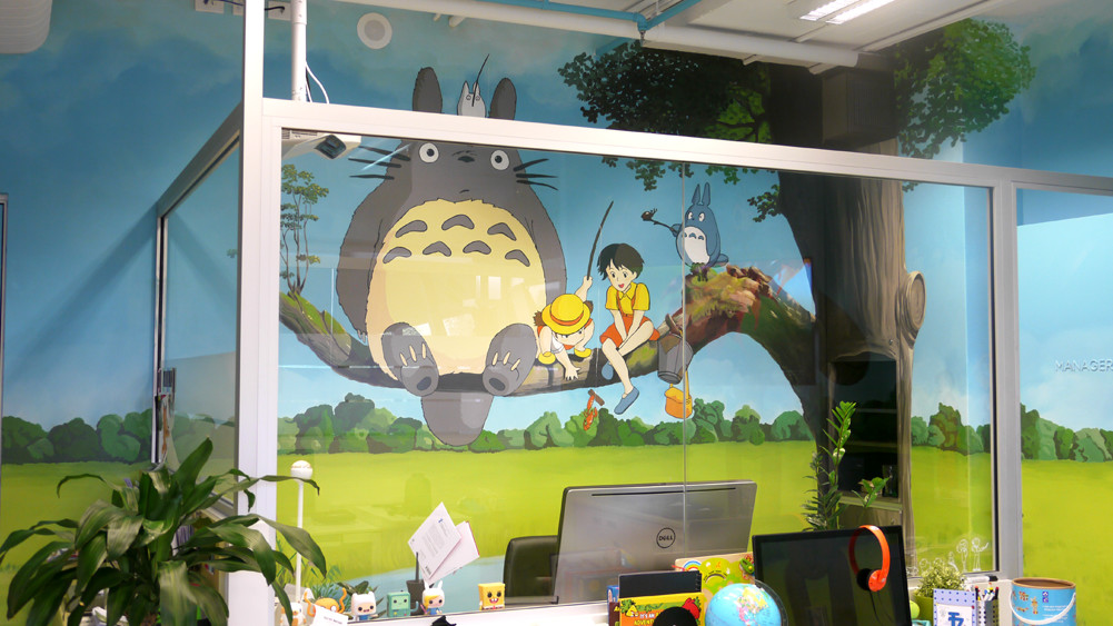 the-art-of-wall-studio-ghibli-totoro-mural2