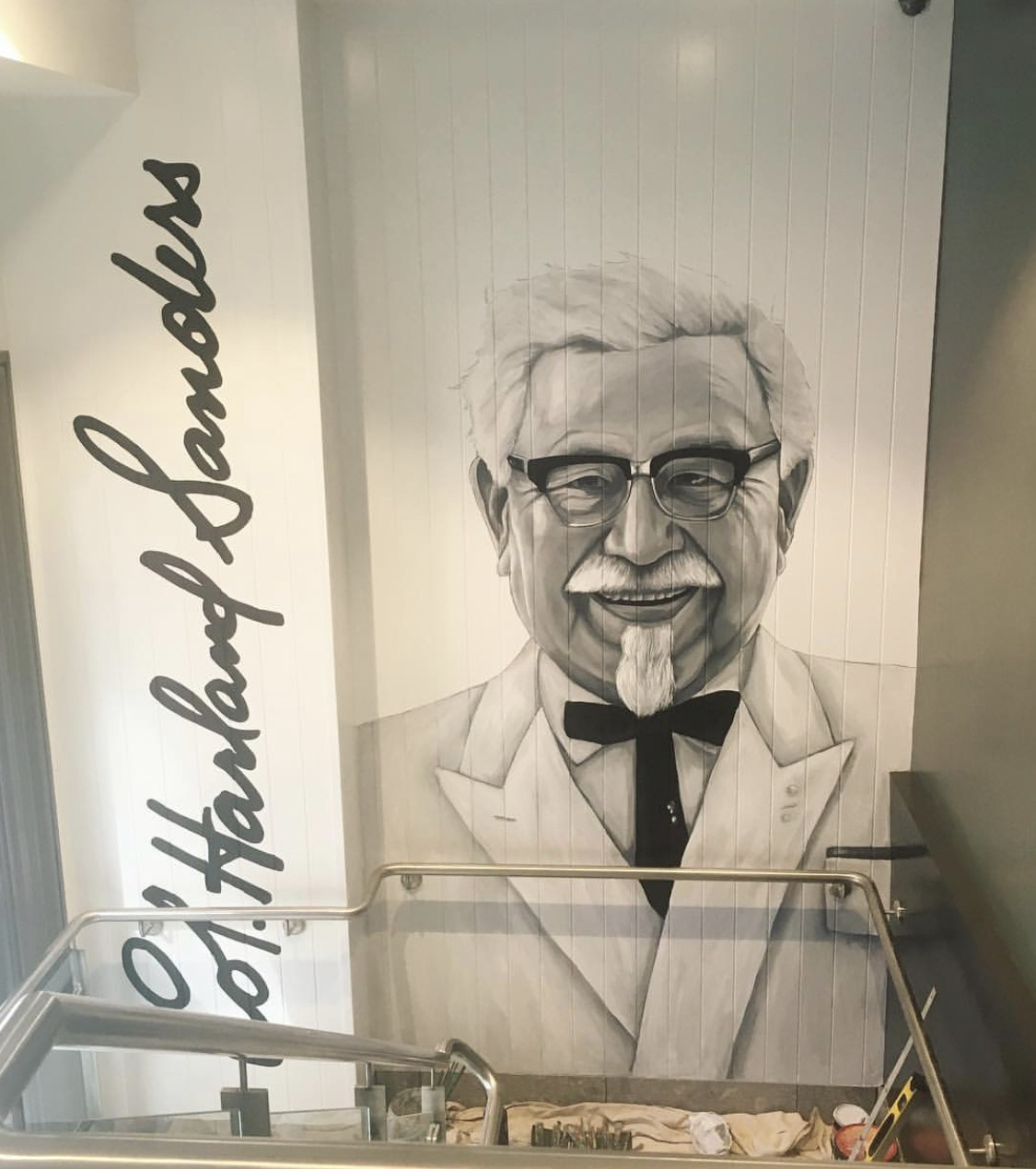 the-art-of-wall-KFC-sydney-colonel-sanders-portrait-mural-painted-by-artist-Stacey-Keating3
