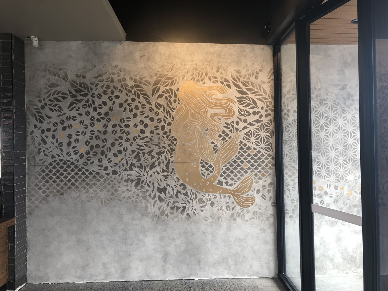 the-art-of-wall-starbucks-coolaroo-siren-wall-art-mural-1