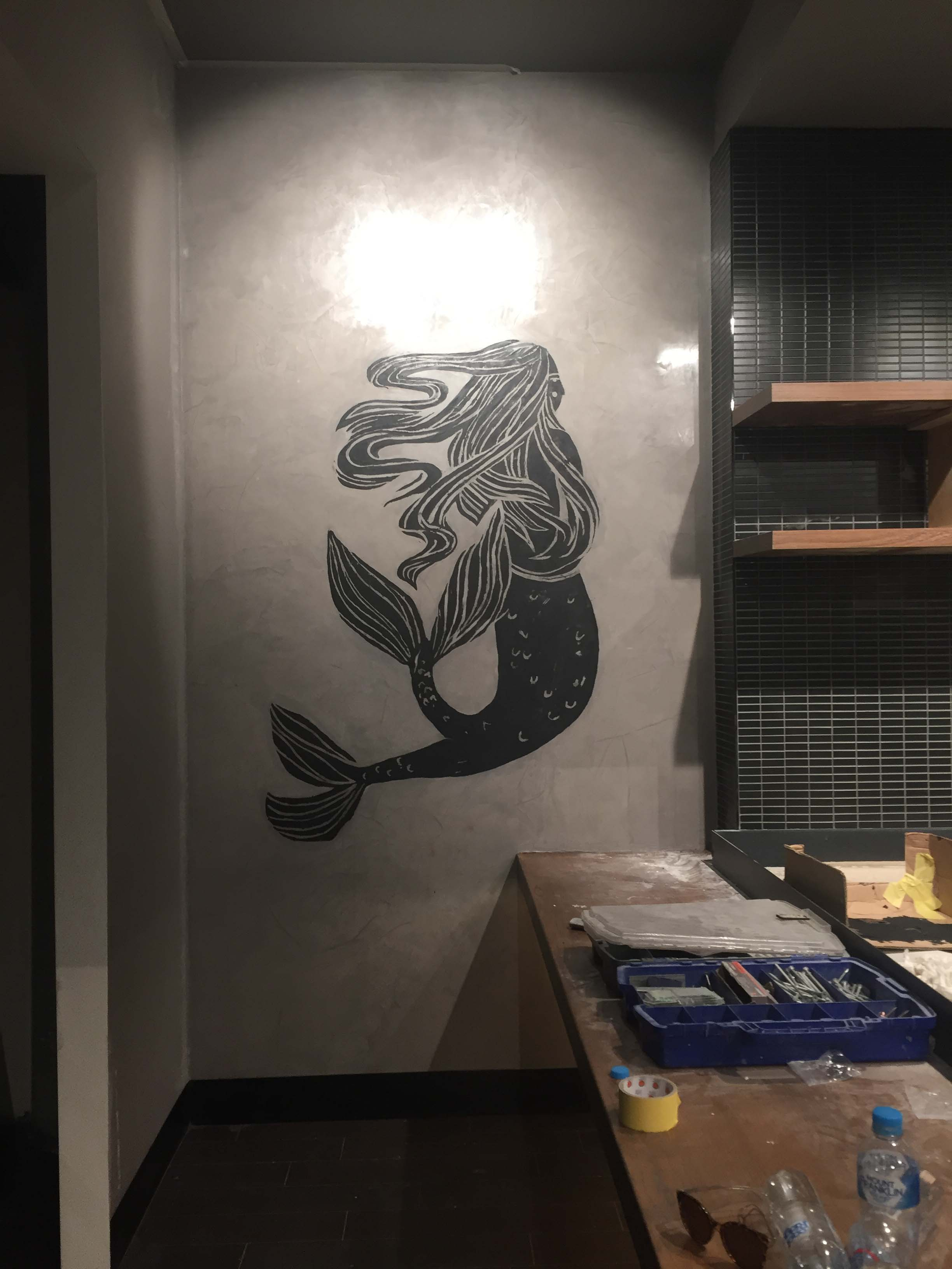 the-art-of-wall-starbucks-highpoint-mural-siren-lino-cut-1