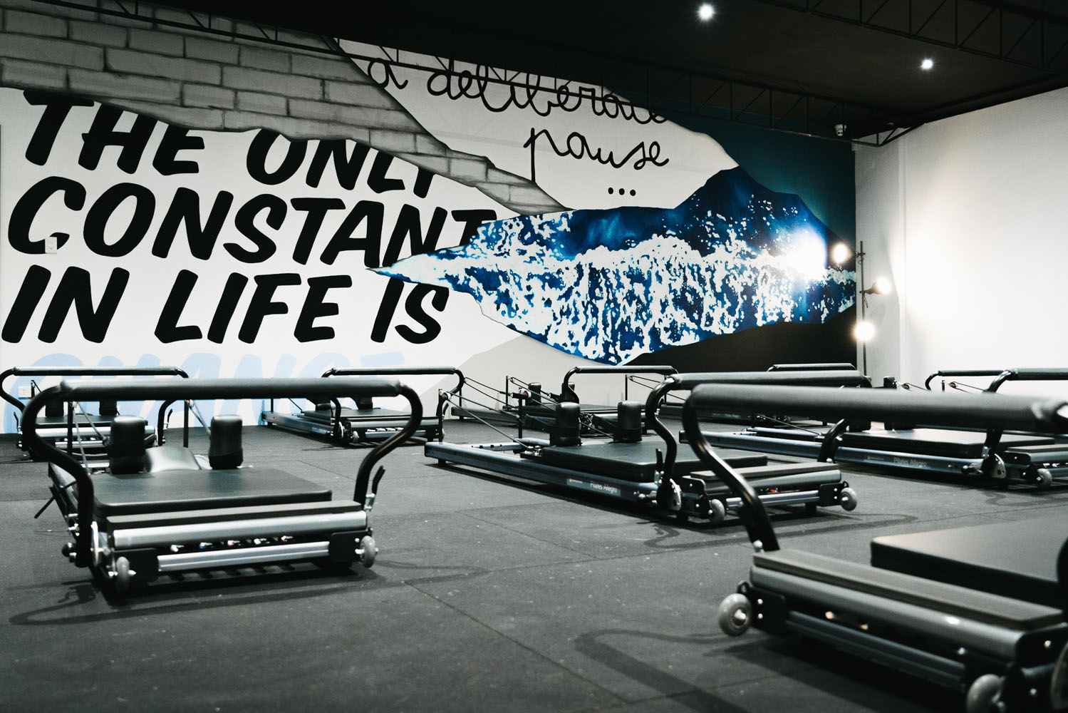 the-art-of-wall-studio-elipsis-mural-hand-painted-wall-art-lettering-ocean-quote-gym-mural-4